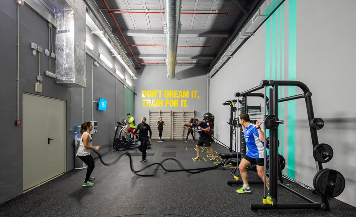 monday-coworking-gym