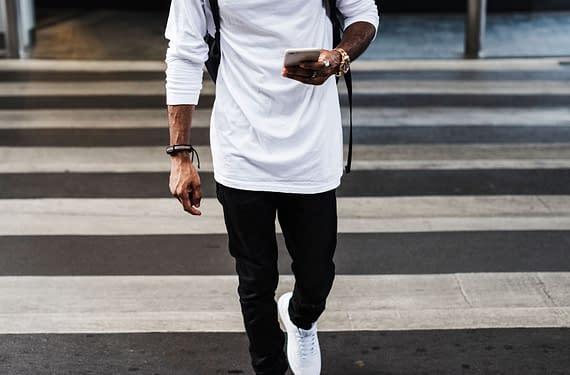 a-man-in-the-city-fashion-shoot-PEXPQKR.jpg